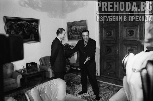 ПРЕЗИДЕНТЪТ П.СТОЯНОВ СЕ СРЕЩА С ПРИНЦ КИРИЛ