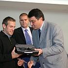 мо-мин.свинаров и лучано-награди за олимпииците 2004.10